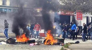 انفجار الوضع الاجتماعي بالجزائر